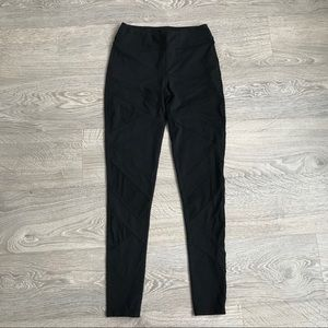 LIKE NEW! TITIKA High Rise Legging with Front Mesh